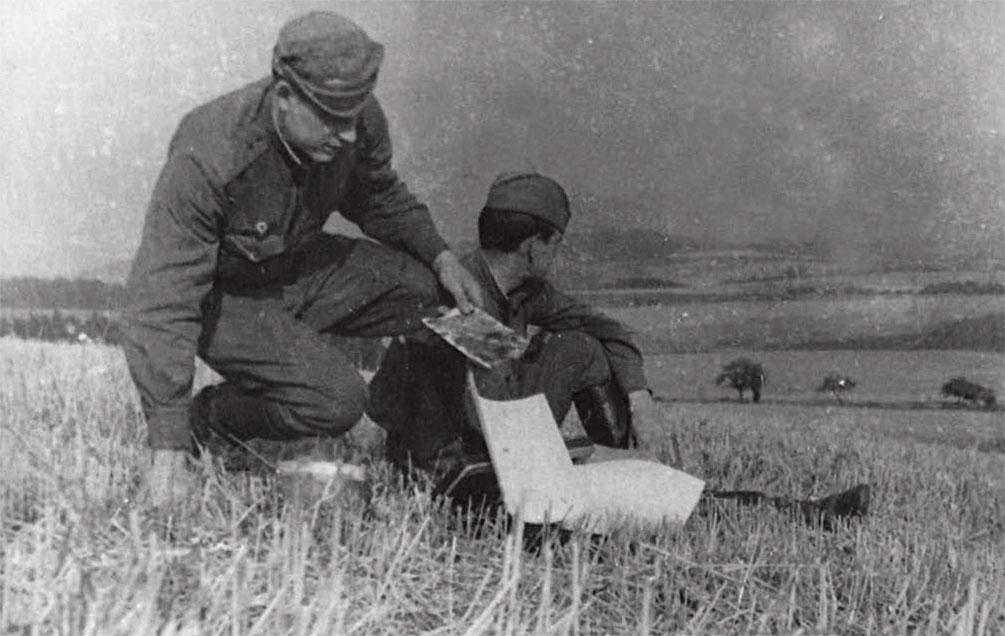 В свободное время - на этюды. В окрестностях Магдебурга, 1968 год. Слева - Ю. Утенков