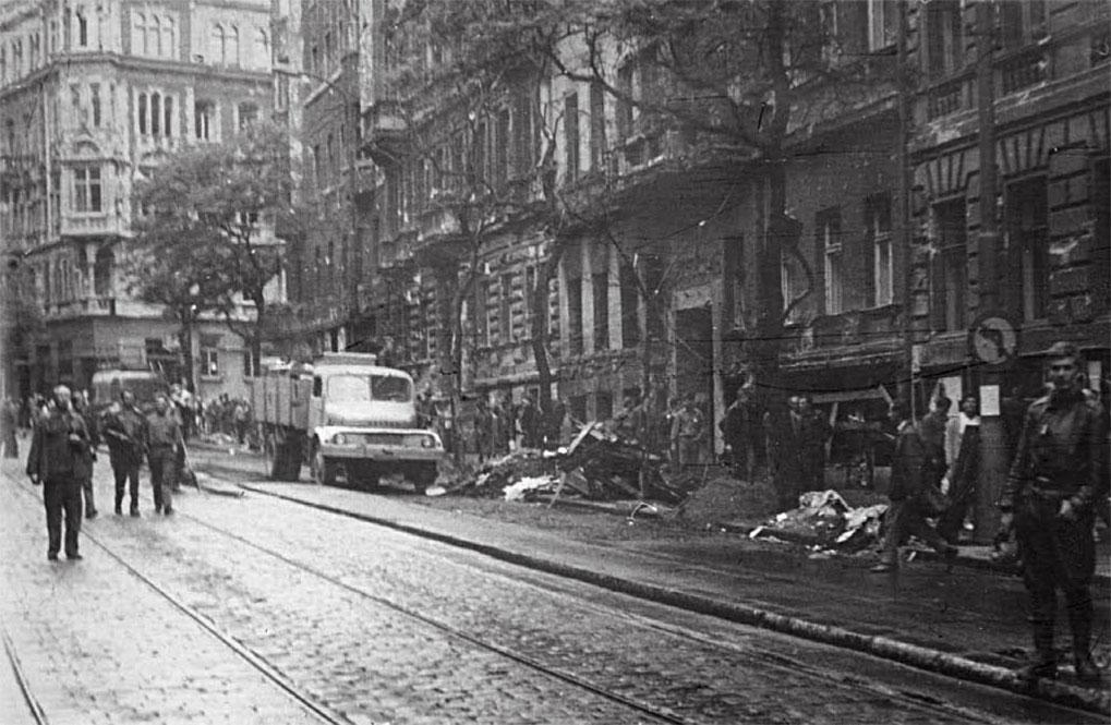 Улица в Праге