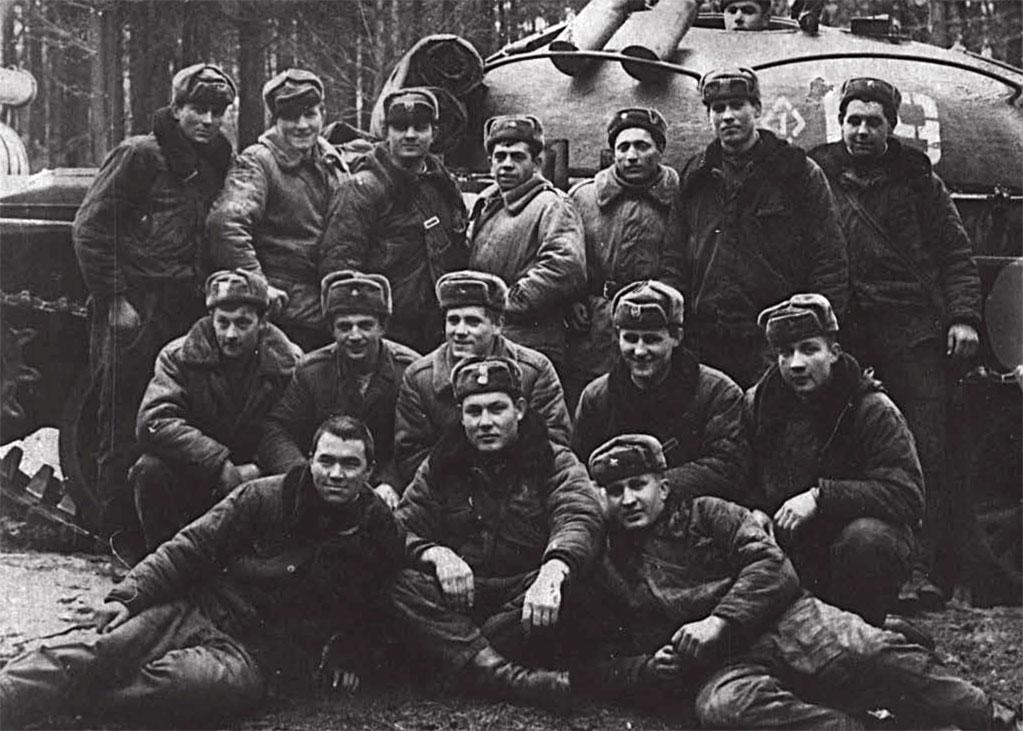 Крайний справа в 3-м ряду Павленко В.Ф.
