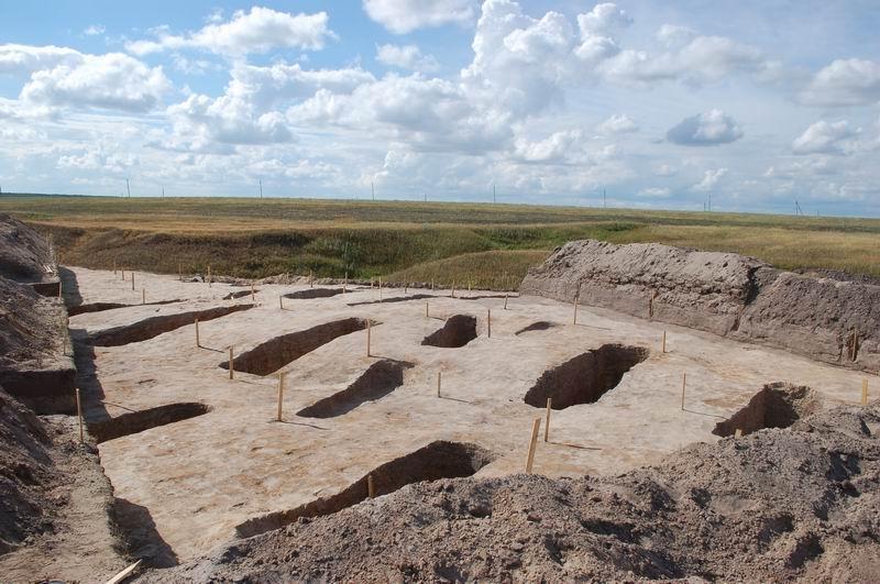 В Вурнарском районе археологи провели раскопки в могильнике, датируемом II-IV веками нашей эры